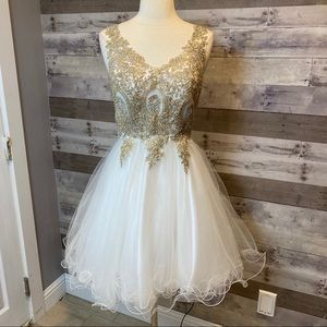 NWT Let's Fit & Flare Tulle Prom Dress